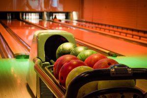 bowling-669358_1920